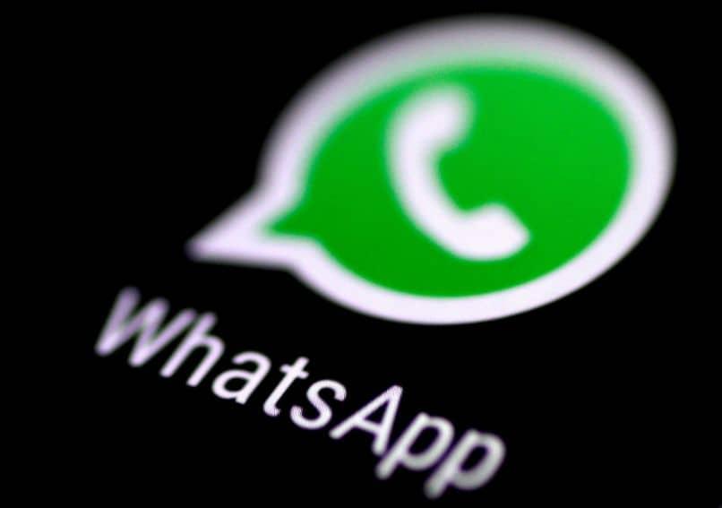 whatsapp fondo oscuro