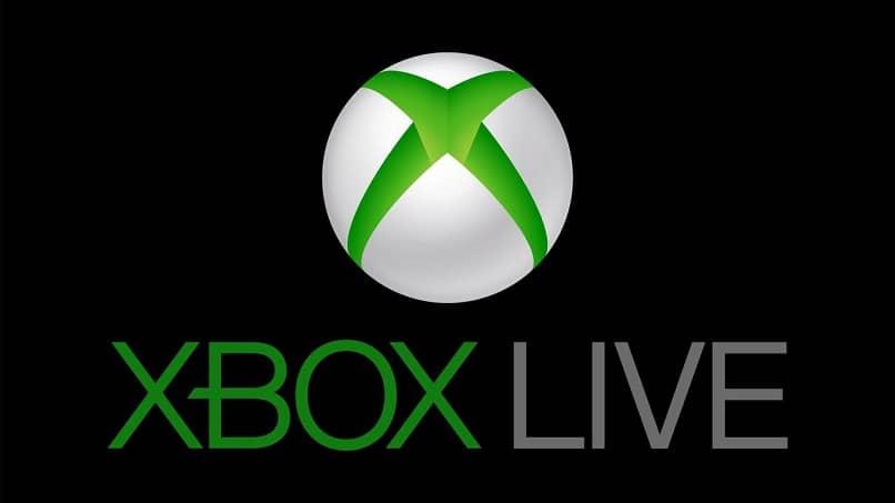 imagen del logo de xboxlive blanco con verde y gris