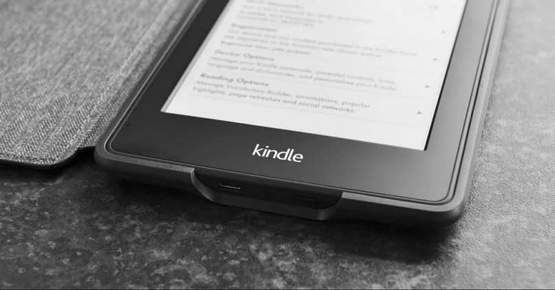 kindle monocromatica